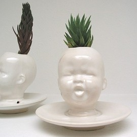 mudpuppy - Modern White Baby Head Vase / Planter by Mudpuppy