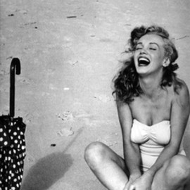 Marilyn Monroe - happy smile