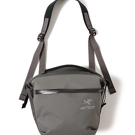 ARC'TERYX - BEAMS別注 Arro 8 Shoulder Bag