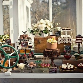 The Couture Cakery - Greenhouse Sweet table Photo by: Swoon Over It Photography