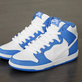 "NIKE SB - Dunk High Premium Rivalry Pack ""UNC"""