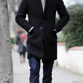 Bakers cap. Peacoat. Jeans. David Beckham.