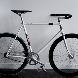 Moyer Cycles - Track xa