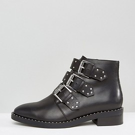 ASOS - ASHER  Wide Fit Leather Flat Ankle Boots (£48.00)