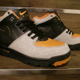 NIKE ACG - Air Max Worknesh - Safari