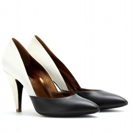 balenciaga - POINTY-TOE LEATHER PUMPS