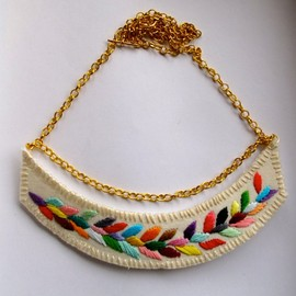 triangle multicolored necklace