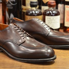 ALDEN - Brown Calf V-Tip