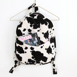 velvet cow and pink quilted satin backpack, Napkin