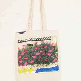 zazi - one off tote bag