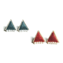 patterie - PRISM TRIANGLE PIERCE / EARRING (14AW colour)