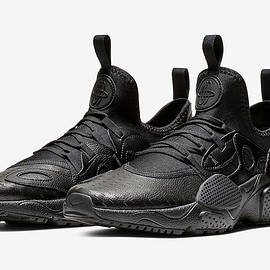 NIKE - Air Huarache EDGE - Triple Black