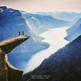 Norway - Trolltunga(恶魔之舌)