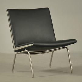 Hans J. Wegner - Chair - model AP 38