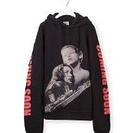 VETEMENTS - Black Oversized Titanic Hoodie