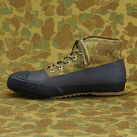 STUSSY - GS Rain Shoes by MOONSTAR