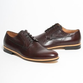 DRIES VAN NOTEN - Contrast Trim Lace Up Shoe in Burgundy