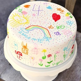 Doodle Cake. What a great idea! Use white fondant to cover your cake and use food markers to let your child decorate their cake. Imagine doing this every year and seeing (in pictures) how your child develops...so fun!