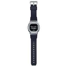CASIO - GM-5600-1JF