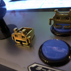 sola - space invaders ring
