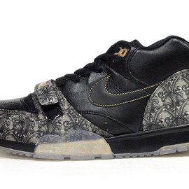 "NIKE - AIR TRAINER I MID PREMIUM QS ""LIMITED EDITION for NONFUTURE"""
