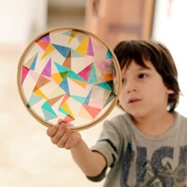 Estéfi Machado: celo tape on a wooden round canvas