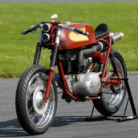 Triumph - Daytona 1968 custom by Adam Nestor