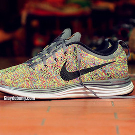 Nike - Flyknit One+ Multi Color