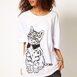 ASOS - Oversize T-Shirt with Sketchy Cat