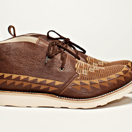 WHITE MOUNTAINEERING - Lether Chukka