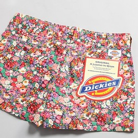 DICKIES - liberty print short pants