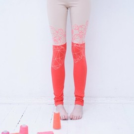 Beige & coral red stocking crystal print leggings