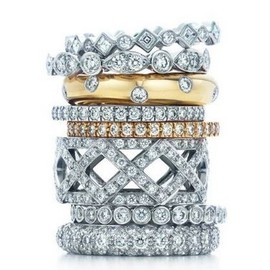 TIFFANY&Co. - Tiffany Celebration Rings
