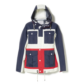 White Mountaineering - SAITOS NYLON TAFFETA 3LAYER CONTRAST MOUNTAIN PARKA