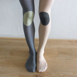 hansel from basel - kneepad nylon tights