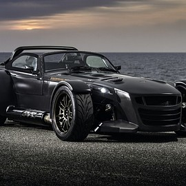 Donkervoort - D8 GTO Bare Naked Carbon Edition
