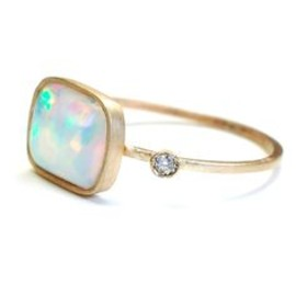 I want this opal ring!