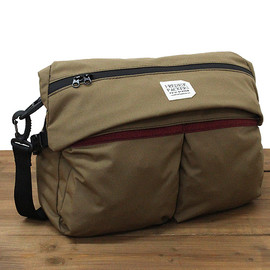 FREDRIK PACKERS - MOTO SHOULDER PACK