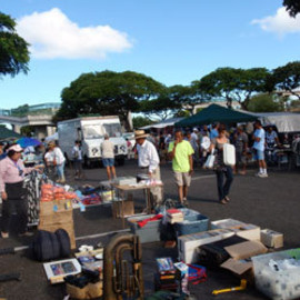 Hawaii - Swap Meet  Aloha Stadium