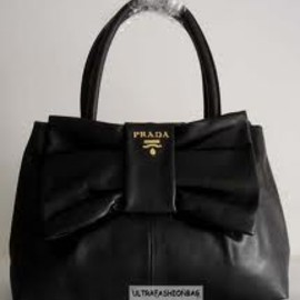 PRADA - Bow Leather Bag