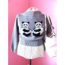 BETSEY JOHNSON - Panda Heart Intarsia Cardigan Sweater