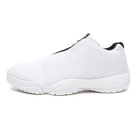 NIKE - AIR JORDAN FUTURE LOW