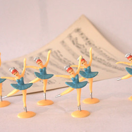 CinamonGirl - Set of 12- Adorable Vintage Blue Dancing Ballerina cupcake toppers