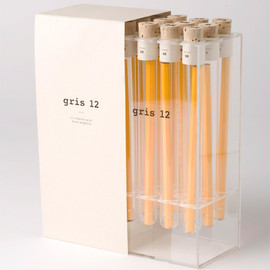 Kevin Angeloni - gris 12 - lovely pencil package