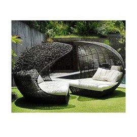HomeInfatuation.com. - Calvin Modern Outdoor Daybed