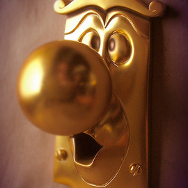 "Kevin Kidney and Jody Daily - ""Alice in Wonderland"" Door Knob"