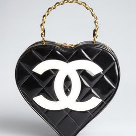 CHANEL - Chanel Black Quilted Patent Leather Heart-Shaped Tote