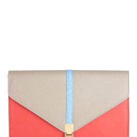 Mod Cloth - Statement to Be Clutch
