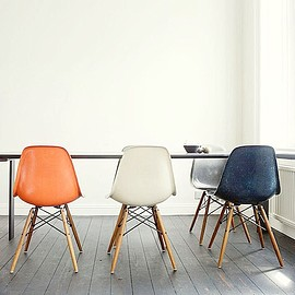 eames - vintage chair