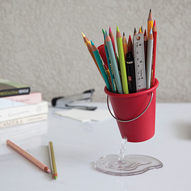 Peleg Design - DESK BUCKET